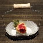 yoshiyuki - イチゴのブッセ
