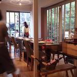 yoshiyuki - 店内ワインの会がありました、なべさんはいません
