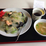 39935727 - 海老と野菜のあんかけご飯(シャーレンホイハン)730円