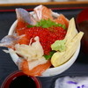 すし・ごはん 馬ん場 - 料理写真:サーモンといくらの親子丼