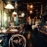 ヴィーナス カフェ - 店内の雰囲気は抜群!