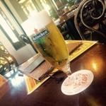 ヴィーナス カフェ - ビール飲んでひと休みだ!