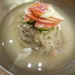 39941364 - 韓国冷麺 アップ!