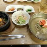39941368 - 石焼牛スジビビンバと韓国冷麺のセット