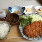 サンドグラスカフェ - チキンカツ定食