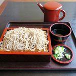 かね中食堂 - 料理写真:もりそば(550円)