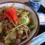 3997809 - 猪豚野菜そば。「うめーし」とは箸のこと。