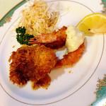 レストラン  だいふく - セレクトディナー:魚料理は白身魚とエビのフライ