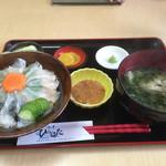 ひらはた - カワハギ丼1200円(^^)
