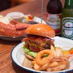 ALBERGO BURGERS & BEER DINING - やっぱり定番はビールにハンバーガー♪