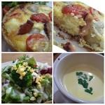 ア・ラ・カンパーニュ - キッシュの中には「新じゃが・ベーコン・トマト」が入りチーズ風味もいいですね。 パイ生地の感じも好みでした。でも半分でいいかな・・で、、残しましたm(__)m スープはコーン味。野菜サラダもタップリ。