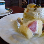 39992534 - 苺のショートケーキ