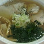 39992816 - アゴ出汁チャーシュー麺