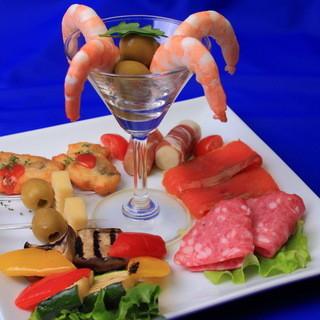 お飲み物・お料理も充実しております、六本木金魚・・・