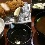 39993215 - 特選ロース定食120q (税抜1320円)