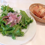 シェ・トト - 前菜イワシのマリネとバゲット