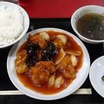 金華 - 金華 @ときわ台 とり肉の唐揚げチリーソース(定食) 600円(税込)