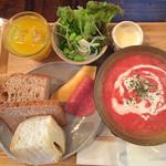 Arco - 冷製トマトスープのランチ
