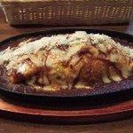 ダーク - チーズオムライス