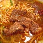 佳佳 - 牛肉麺の牛スジ