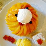 エイトジュール - 紅茶とマンゴーのミルクレープパンケーキ