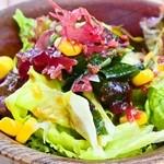 島茶家 ヤッカヤッカ - カレーのサラダ