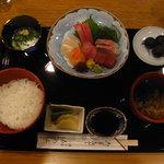 割烹ゐの上 - 刺身定食