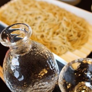 麺だけでお酒のおつまみにも◎十割そばの魅力。