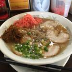 ラーメン楽' - チャーシュー麺