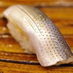浅草 寿司清 - 小鰭