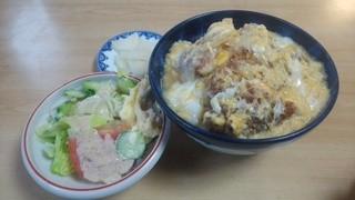 乾徳亭 - 850円コースの「玉子カツ丼」