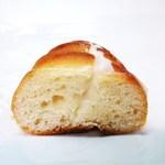 ブーランジェリー トロワ - ミルククリーム