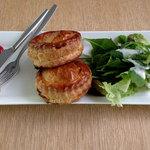 NEZUCAFE - ミートパイ&サラダ