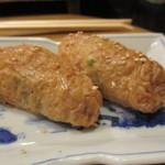 初音 - わさび茎と白ごま入り稲荷寿司