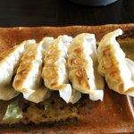 味噌蔵 麺次郎 - ジューシー餃子