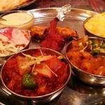 インド料理 SURYA - スーリヤターリ(ディナーセット 3150円)