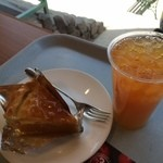 TROIS CINQ - パイ&リンゴの紅茶