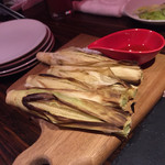 チーズ家 Quelle - ヤングコーンは塩とオリーブオイルをつけて