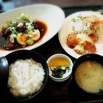 40035742 - ★豚角煮玉子とチキン南蛮(ダブルセット)