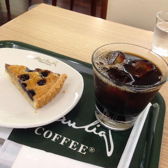 ロバーツコーヒー 福岡大名店 - ブルーベリータルト & アイス珈琲