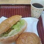 40041840 - 松阪肉ハンバーガーと伊賀肉コロッケ