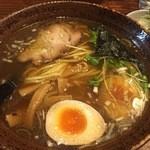 40043073 - 醤油ら~麺 煮玉子