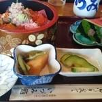 いづみ鮨 - 料理写真:ばらちらし