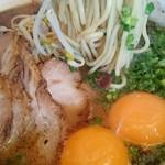 黒亭 - 麺アップ