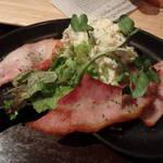 RAROOM - 厚切りベーコンと自家製ポテトサラダ