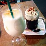 40046321 - シナモンミルクとコーヒーゼリー。                       コーヒーゼリーはじめてたのんだけど、もっと早くに試してみるべきやった!!と思うくらいおいしかった☆