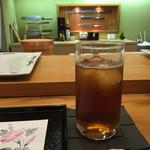 琥珀 - ウーロン茶