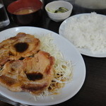 まんぷく - ロース生姜焼き定食