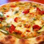 レストランアンドカフェ イエローブリックロード - アスパラのピザ