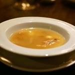 南青山エッセンス - 2015.7 じゃがいも・玉葱・スペアリブ・龍眼・蓮の実の煮込みスープ